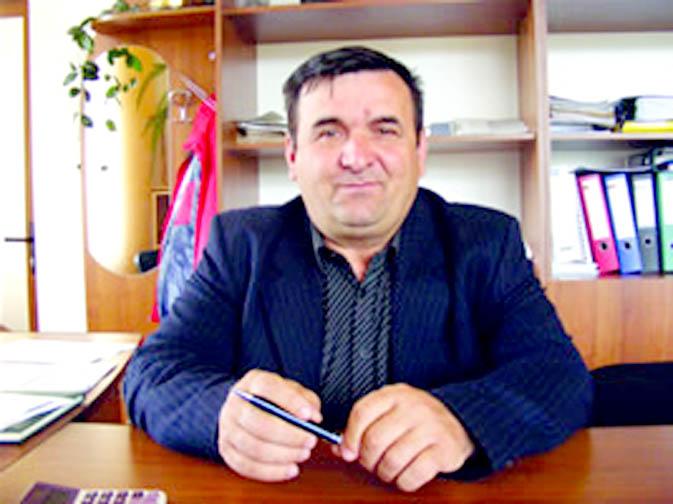 dumitru-blejan-primarul-comunei-scundu