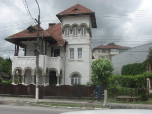 palate Calimănesti 2
